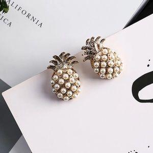 Jewelry - Pineapple 🍍 Earrings - NWT